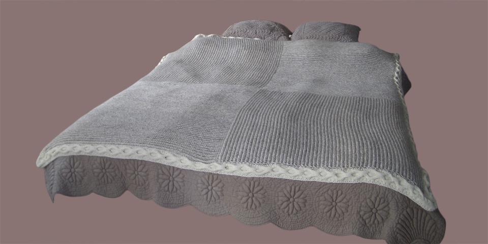 bett berwurf silvia strickdesign. Black Bedroom Furniture Sets. Home Design Ideas